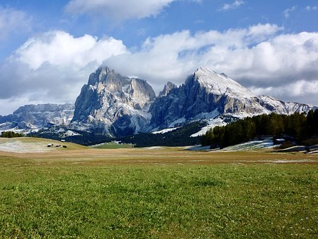 Sassolungo, Plattkofel, Trenker, Messner, Dolomites