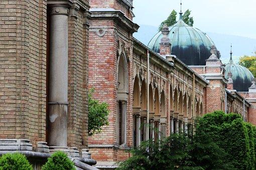 Arcade, Arhitecture, Mirogoj Cemetery, Zagreb, Outdoor