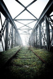 Abandoned, Bridge, Castleford, Yorkshire, Metal
