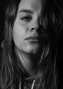Portrait, Contrast Lighting, Woman, Emotion