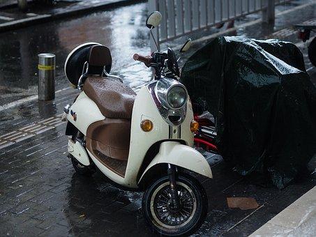 Electric Cars, Rain, Zhengzhou, Bicycle, Wasps, Street