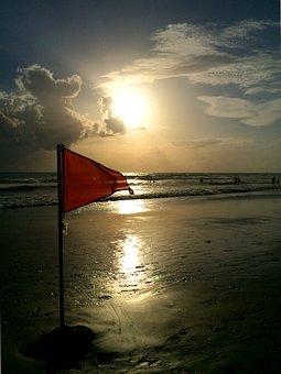 Red Flag, Beach, Bad Ban, Wave, Sun