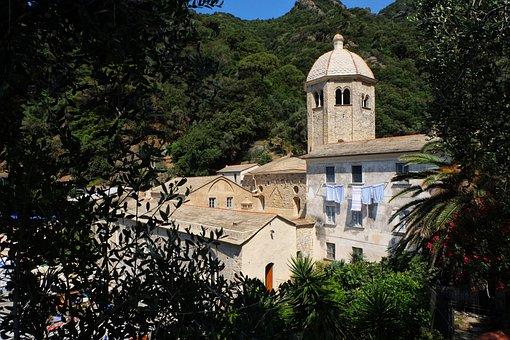 San Fruttoso, Camogli, Liguria, Italy, Sea, Tourism
