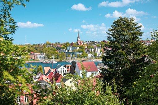 Flensburg, Eastern Shore, St Jürgen's Church, Port