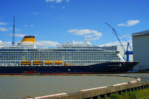 Cruise Ship, Spirit Of Discovery, Meyer Werft