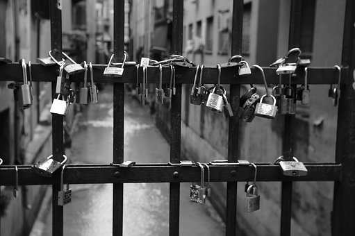 Bologna, Black And White, Old, Italy, Canal, Love Lock