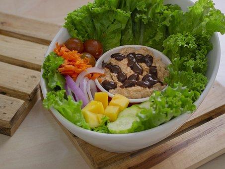 Salad, Tuna, Sauce, Carrots, Mango, Cucumber, Onion