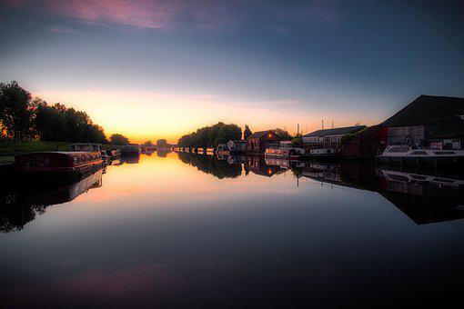 Calder Navigation, Castleford, Canal, Sunrise