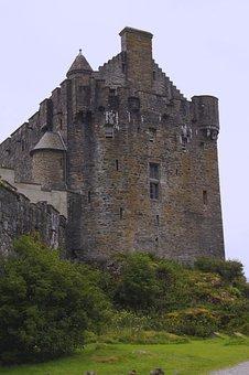 Eilean Donan Castle, Castle, Highlander, Scotland
