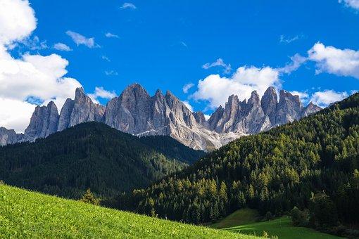 Dolomites, South Tyrol, Geisler Range, Geisler Acute