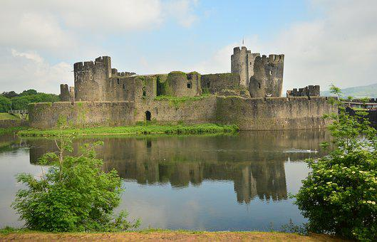Caerphilly Castle, Cardiff, Wales, Castle Lake