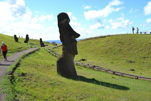 Rapa Nui, Easter Island, Moai