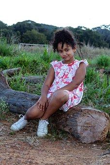 Little Girl, Nature, Girl, Childhood, Portrait, Linda