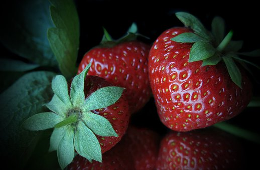 Strawberries, Collective Nut Fruit, Mirrored, Red