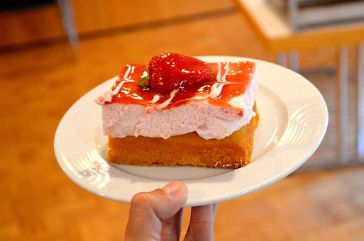 Cake, Strawberries, Bisquit, Dessert, Food, Strawberry