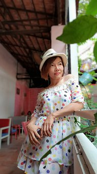 Girl, Vietnam, Female, Write, The Hat, Nice, Dress