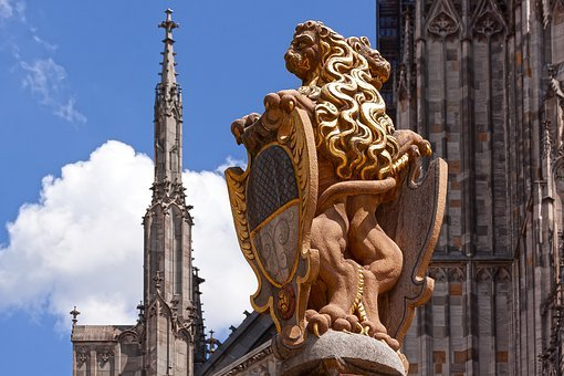 Ulm, Lion Fountain, Fountain, Cathedral Square, Figure