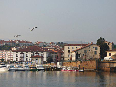 San Vicente Of La Barquera, Cantabria, Spain, Port