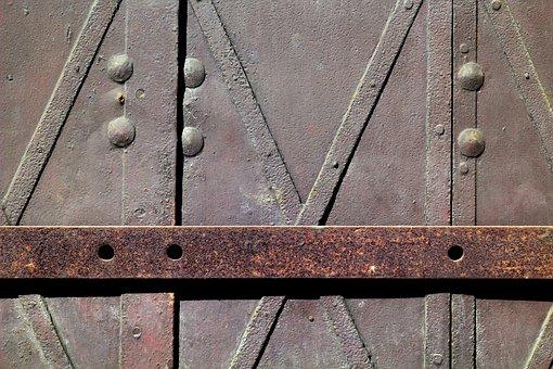 Metal, Blacksmithing, The Closure Of, Bar
