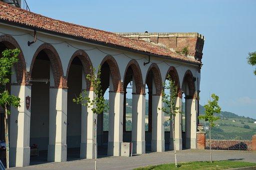 Moncalvo, Monferrato, Portici, Piazza, Nature, Hills