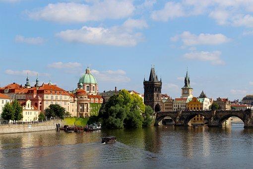 Prague, Moldova, Charles Bridge, Czech Republic, River