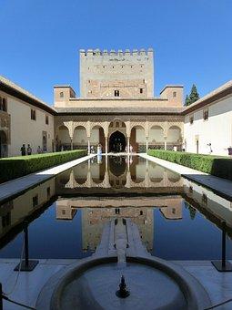 Myrtle Court, Nasridenpalast, Alhambra, Spain