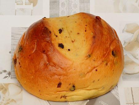 Easter Bread, Yeast, Raisins, Sweet, Delicious
