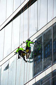 Window Cleaner, High Rise Building Cleaner
