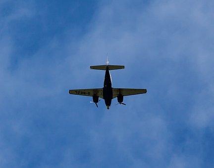 Piper Pa-31 Navajo, Plane Silhouette, Flying, Plane