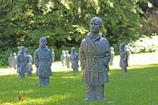 Bert Brecht, Brecht, Statue, Art Project, Ottmar Hörl