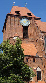 Monument, The Middle Ages, History, The Cathedral