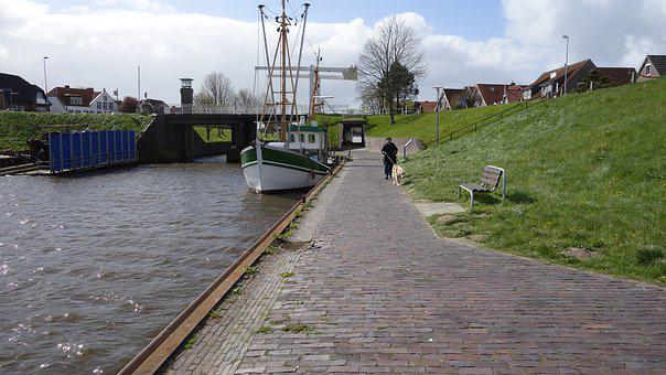 Carolinensiel, Harle, Paddle Steamer, Lower Saxony