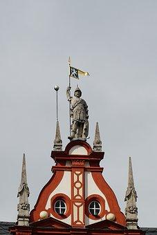 Coburg, Town Home, Statue, Roof, Renaissance, Monument