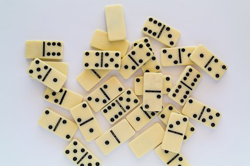 Dominoes, Game, Play, Board Game, Domino, Strategy