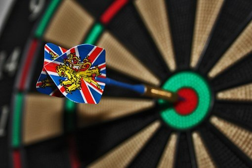 Darts, Target, Bull's Eye, Delivering, Play Darts