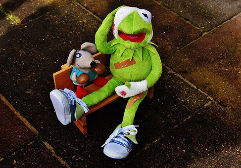 Kermit, Mouse, Stuffed Animal, Boxing Match, Injured