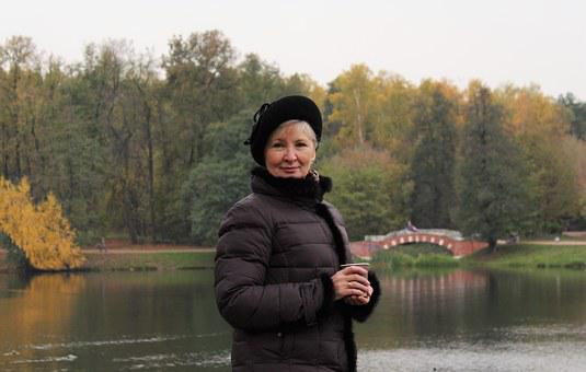 Woman, Beret, Bridge, Pond, Autumn, Coffee, Nature