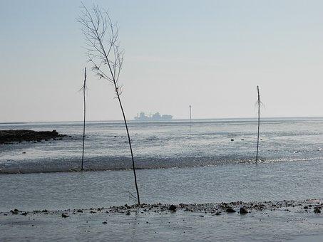 Germany, Wadden Sea, Wremen, Ebb, Ship, Radar Tower
