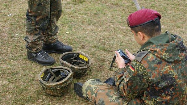 German Soldier, Sit, Grass, Telephone, Helmets