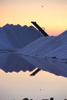 Saline, Bonanza, Sunset, Light, Mountain Of Salt
