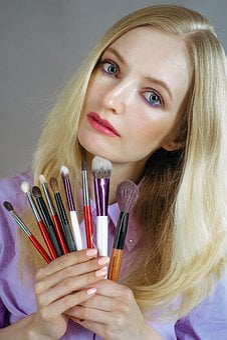 Makeup Artist, Brush, Girl, Blonde, Makeup, Muah