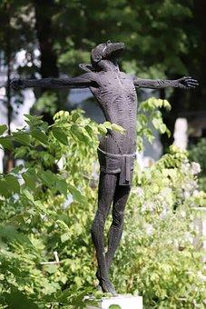 Sculpture, Stone, The Cast, White, Man, Beard, Summary