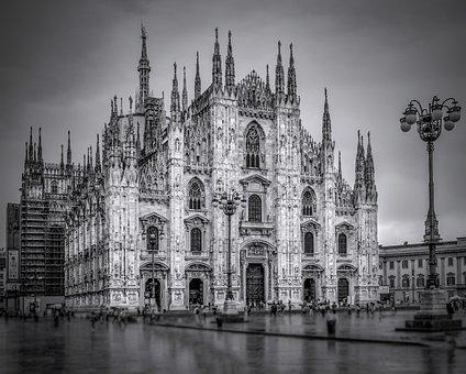 Milan, Milánska Cathedral, Cathedral, History