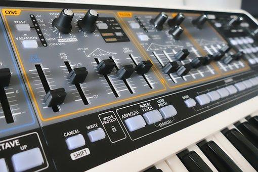Synthesizer, Toner Production, Oscillator, Filter