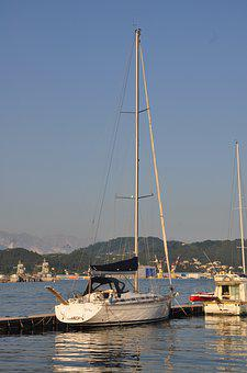 Yacht, Berth, Reflections, Harbour, Italy, Tourism