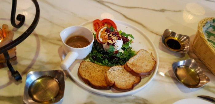 Food, Salad, Lakota Cheese, Restaurant, Menu