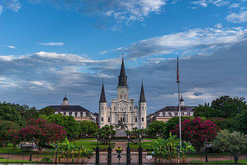 Washington Artllery Park, Nola, St, Louis Cathedral