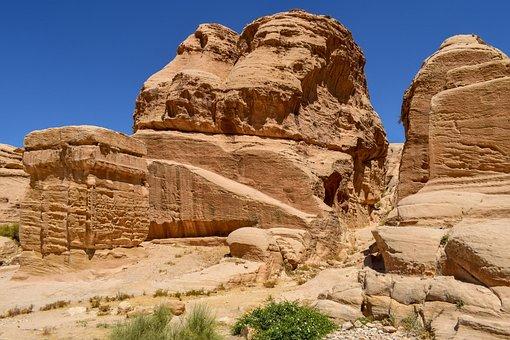 Al Siq Canyon, Canyon, Gorge, Travel, Adventure, Desert