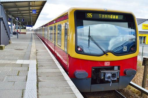 Platform, S Bahn, Containing, In The Train Station