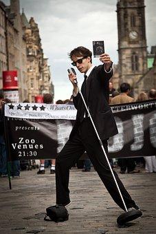 Street Performers, Edinburgh Fringe, Singer